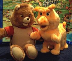 Teddy Ruxpin and Grubby. I had a Teddy Ruxpin when I was little. My older sister and brother broke him. They kept putting in Run–D. and other hip-hop tapes. It's funny now, but I was crushed back then. Teddy Ruxpin, 90s Childhood, My Childhood Memories, Sweet Memories, School Memories, Childhood Friends, Tennessee Williams, Toy History, Back In My Day