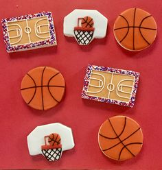 Basketball cookies - Fitness and Exercises, Outdoor Sport and Winter Sport Cut Out Cookies, Iced Cookies, Cute Cookies, Sugar Cookies, Baking Cookies, Basketball Cookies, Basketball Party, Sports Themed Cakes, Sugar Cookie Royal Icing