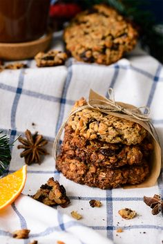 Hot Chocolate With Orange Juice and Healty Oatmeal Chocolate Chip Cookies - easy recipe for cosy winter nights -  on annuschka.com