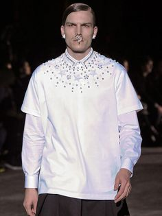 Indie Designs Custom Made Givenchy Style 2012 FW Runway Mens Star Studded T-Shirt
