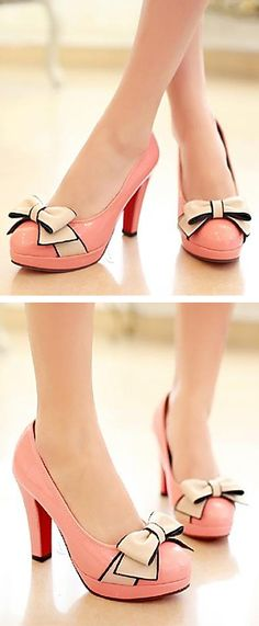 Pink bow heels// Pink is cute, but how about black? Pretty Shoes, Beautiful Shoes, Crazy Shoes, Me Too Shoes, Ballerinas, Bow Heels, Shoes Heels, Mode Shoes, Pumps