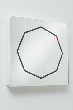 Diamantini & Domeniconi, orologio a muro-specchio Mirror, design Marco Acerbis, da 260 euro