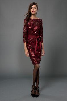http://www.netfashionavenue.com/tadashi-shoji-dress-3t1209m.aspx