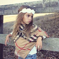 Baby Headbands, Girl Headbands, Children's Accessories by RosesandPolkadots Cute Outfits For Kids, Cute Kids, Twilight, Girls Dresses, Flower Girl Dresses, Future Daughter, Beautiful Hijab, Baby Headbands, Kids Fashion