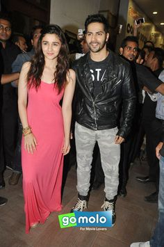 Alia Bhatt & Varun Dhawan at the Promotion of Hindi movie 'Humpty Sharma Ki Dulhania' at R-City Mall in Mumbai