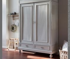 pure kast Decor, Armoire, Painted Furniture, Furniture, Home Decor, Upholstered Chairs, Colours
