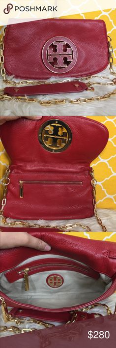 🌸OFFERS?🌸Tory Burch All Leather 2 in 1 Crossbody 🌷Authentic🌷Great condition. Minimal sign of use on leather and hardware. All parts intact and functional the logo inside is still wrap with clear cover. Features a detachable chain and leather strap, 2 zipper pockets and gorgeous gold hardware. Functions as a crossbody, shoulder or remove the strap and use as a clutch bag. Fits all sizes of phone with more room to wiggle for other valuables. Great for fun/date night. Don't be shy to make…