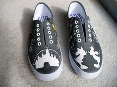 I'm going to make something like these for the trip... I need my poor feet to last the whole trip! @cghcnh2