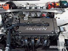 "Mugen B series engine ""Yeah that's big one"" Motor Engine, Car Engine, Vtec Engine, Honda Vtec, Honda Civic, Soichiro Honda, Civic Hatchback, Honda Motors, Race Engines"