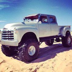 I fully like the things these folks designed on this custom-made Gmc Trucks, Chevrolet Trucks, Diesel Trucks, Cool Trucks, Pickup Trucks, Toyota Trucks, Lifted Trucks, Defender 90, Land Rover Defender
