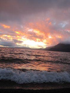 Atardecer furioso,Lago Villarrica
