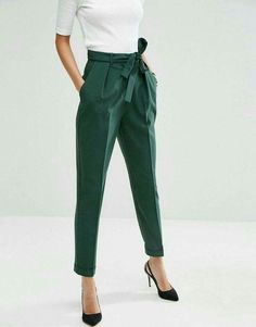 Woven Peg Pants with OBI Tie Forest green pegged trousers for women's business casual wear from ASOS! The post Woven Peg Pants with OBI Tie appeared first on Woman Casual - Woman Fashion Business Outfit Damen, Business Outfits, Business Attire, Business Casual Trousers, Business Casual Womens Fashion, Business Casual Outfits For Women, Business Fashion, Office Fashion, Work Fashion
