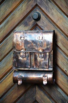 Buzón de Saeredia Dda284763a4136813d9ef6e47572ae4c--mailbox-post-letter-boxes