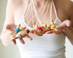 Etno Mama Nursing Necklace by KangarooCare - Choose Your Button and Bead Color op Etsy, 9,60 €