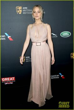 Jennifer Lawrence Stuns at Britannia Awards in Beverly Hills!