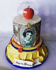 Snow White Cake in which I love