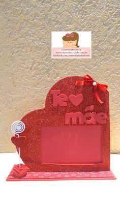 Lembrancinhas de aniversário e casamento / Itens para decoração / Presentes Diy Crafts For Gifts, Craft Stick Crafts, Kids Crafts, Paper Crafts, Birthday Frames, Diy Birthday, Mothers Day Crafts For Kids, Diy For Kids, Diy Y Manualidades