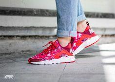 Bildresultat för Nike Air Huarache Run Ultra Print Lt Crimson/Noble