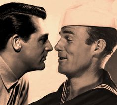 Cary Grant and Randolph Scott Hollywood Men, Golden Age Of Hollywood, Hollywood Stars, Classic Hollywood, Cary Grant Randolph Scott, Gary Grant, Men Kissing, Love Scenes, Fantasy Male