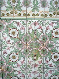 https://flic.kr/p/5KdPp9   Cuban Tiles
