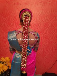 Order Fresh flower poolajada, bridal accessories from our local branches present over SouthIndia, Mumbai, Delhi, Singapore and USA. Bridal Hairstyle Indian Wedding, Telugu Brides, Hindu Bride, South Asian Bride, Flower Garlands, Indian Hairstyles, Jada, Bridal Accessories, Blouse Designs