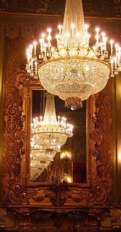 carved mirror for powder room. not the chandeliers! Luz Artificial, Chandelier Lighting, Crystal Chandeliers, Accent Lighting, Decoration, Bella, Light Up, Light Fixtures, Lanterns