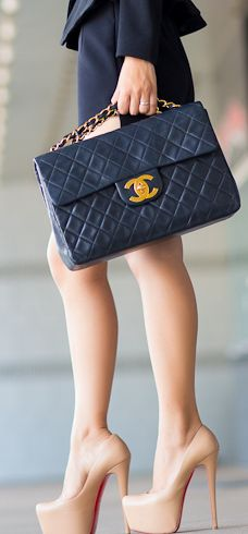 love the bag if only tiny bit smaller