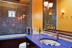 banheiro azul e amarelo - Google Search