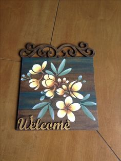 Enfeite para porta Wooden Key Holder, Mughal Paintings, Arte Country, Decoupage Vintage, Painted Boards, Colorful Drawings, Diy Wall Art, Wood Art, Mandala