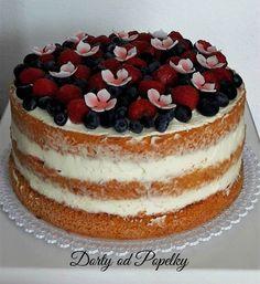 Nejlepší dortový korpus | Dorty od Popelky Sweet Cakes, Cake Designs, Tiramisu, Sweet Tooth, Cheesecake, Deserts, Strawberry, Food And Drink, Cupcakes