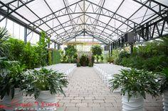 Planterra Wedding Venue In West Bloomfield MI Photo Credit Geneva Simons Photography