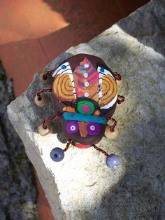 BROCHE BEBETE EN FOLIE COCCINELLE UNIQUE ! http://www.alittlemarket.com/boutique/souricette_caillou-79110.html