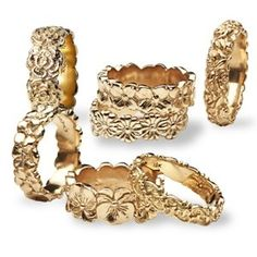 Oh mom i really want one of these Helen rings!