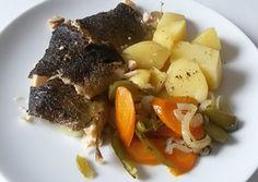 Recept na pstruha v alobalu se zeleninou krok za krokem - Vaření.cz Pot Roast, Beef, Chicken, Ethnic Recipes, Carne Asada, Meat, Roast Beef, Steak, Cubs