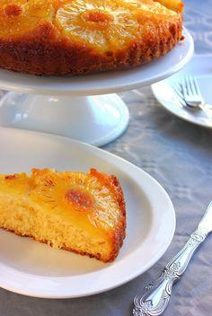 Gâteau renversé à l'ananas & noix de coco.