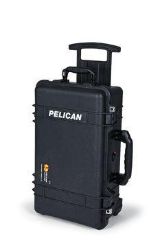 Pelican Case 1510. Love it but damn it's noisy when it rolls.