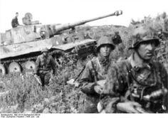 Au nord du saillant de Koursk les combats continuent pour Ponyri, et la ville est sous le contrôle complet des allemands à la fin de la journée, mais l'ensemble de la bataille au nord tourne à la bataille d'attrition, les allemands avançant à peine d'un kilomètre. Au sud l'avance allemande continue mais se fait moins rapide devant la résistance soviétique des fronts de Voronej et des steppes. Les contre-attaques soviétiques ralentissent les allemands et les pertes des deux cotés sont…
