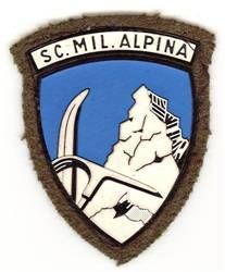 Vecio.it - La storia degli Alpini nel web - Scuola Militare Alpina Ferrari Logo, Porsche Logo, Italian Army, Flag Patches, War, Badges, Poster, Vintage, Climbing