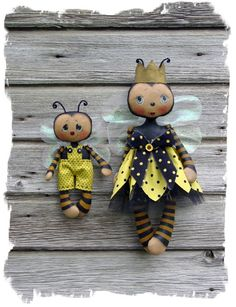 CF271 Queenie Bee & Lil' Bumbles Cloth Doll by catandthefiddle