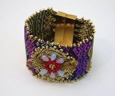 Bracelet en tissu laotien