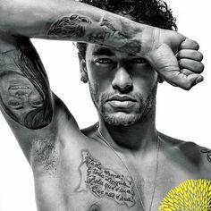 Real Madrid ready to make bid for Neymar - HF Albert Pike, Nautica Tattoo, Tattoo Casal, Neymar Jr Wallpapers, Neymar Brazil, Neymar Football, Best Player, Paris, Lionel Messi