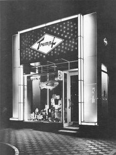 Berlin, Neue Ladenfassade, 1930 Kurfürstendamm.