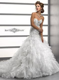 Maggie Sottero Spring 2014 Collection #weddingdress #headtotoesweepstakes
