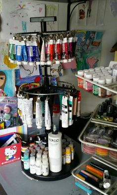 Clip it up scrapbook organizer.I use for some of my paints - Clip it up scrapbook organizer…I use for some of my paints - Art Studio Storage, Art Studio Room, Art Supplies Storage, Deco Studio, Art Studio Design, Art Studio Organization, Art Studio At Home, Scrapbook Organization, Art Storage