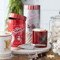 Fix of your favorite hot chocolate blend from Williams-Sonoma in Haywood Mall! // yeahTHATgreenville