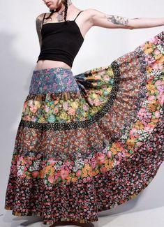 New Sewing Skirts Boho Upcycled Clothing Ideas Boho Gypsy, Hippie Boho, Estilo Hippie, Gypsy Style, Bohemian Style, Bohemian Fashion, Diy Fashion, Trendy Fashion, Korean Fashion