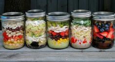 5 Affordable Mason Jar Lunches Under 500 Calories