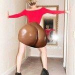 """Miley Cyrus prende in giro Kim Kardashian, """"No alle regine del lato B!"""""""