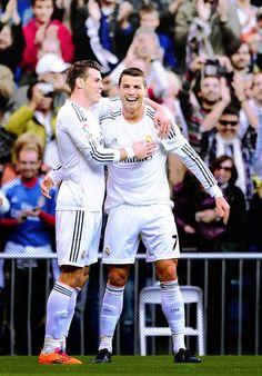 Ronaldo y Bale celebrando un gol del Real Madrid
