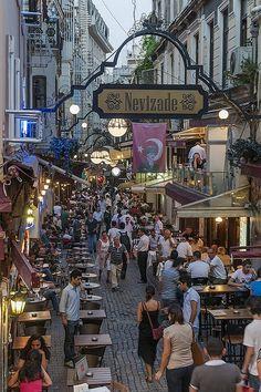 Nevizade, Bohemian Istanbul, where the nightlife happens!